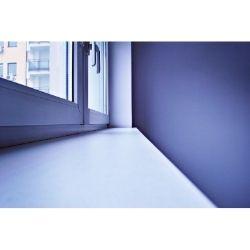 Parapety wewnętrzne oraz zewnętrzne jako akcesoria do okien
